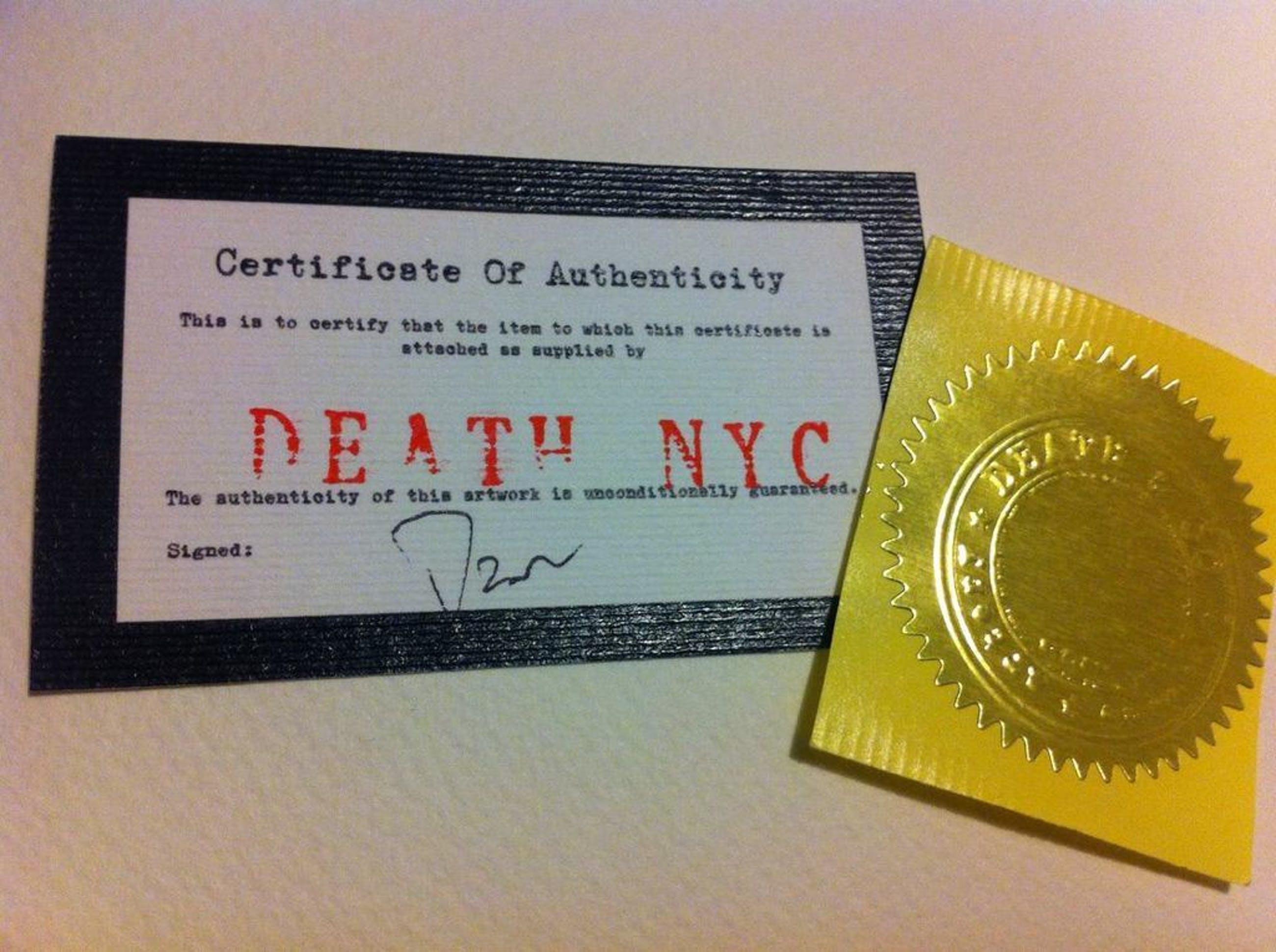 DEATH NYC: 'Mona Lisa spray red' - opl. 100 ex. - met COA kopen? Bied vanaf 1!