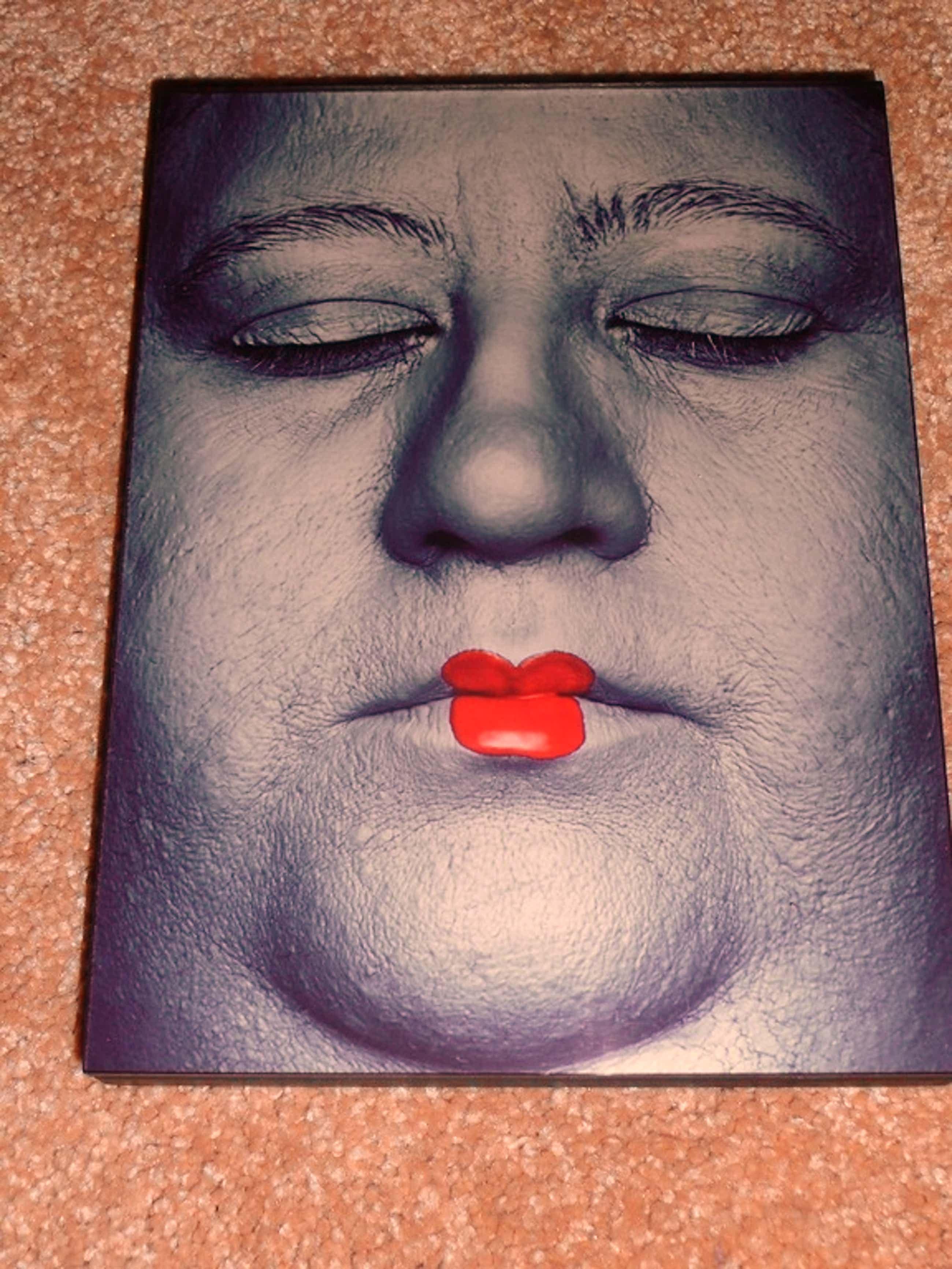 Erwin Olaf, foto:Nadia, Paradise Portraits, handgesigneerd kopen? Bied vanaf 450!