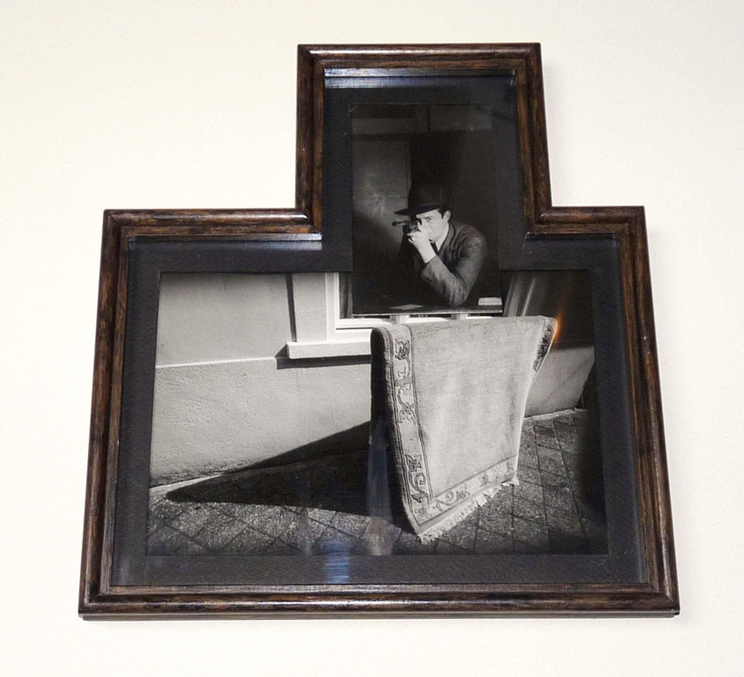 Paul Bogaers, Gangster bij tapijt, Foto in bijzondere lijst kopen? Bied vanaf 220!