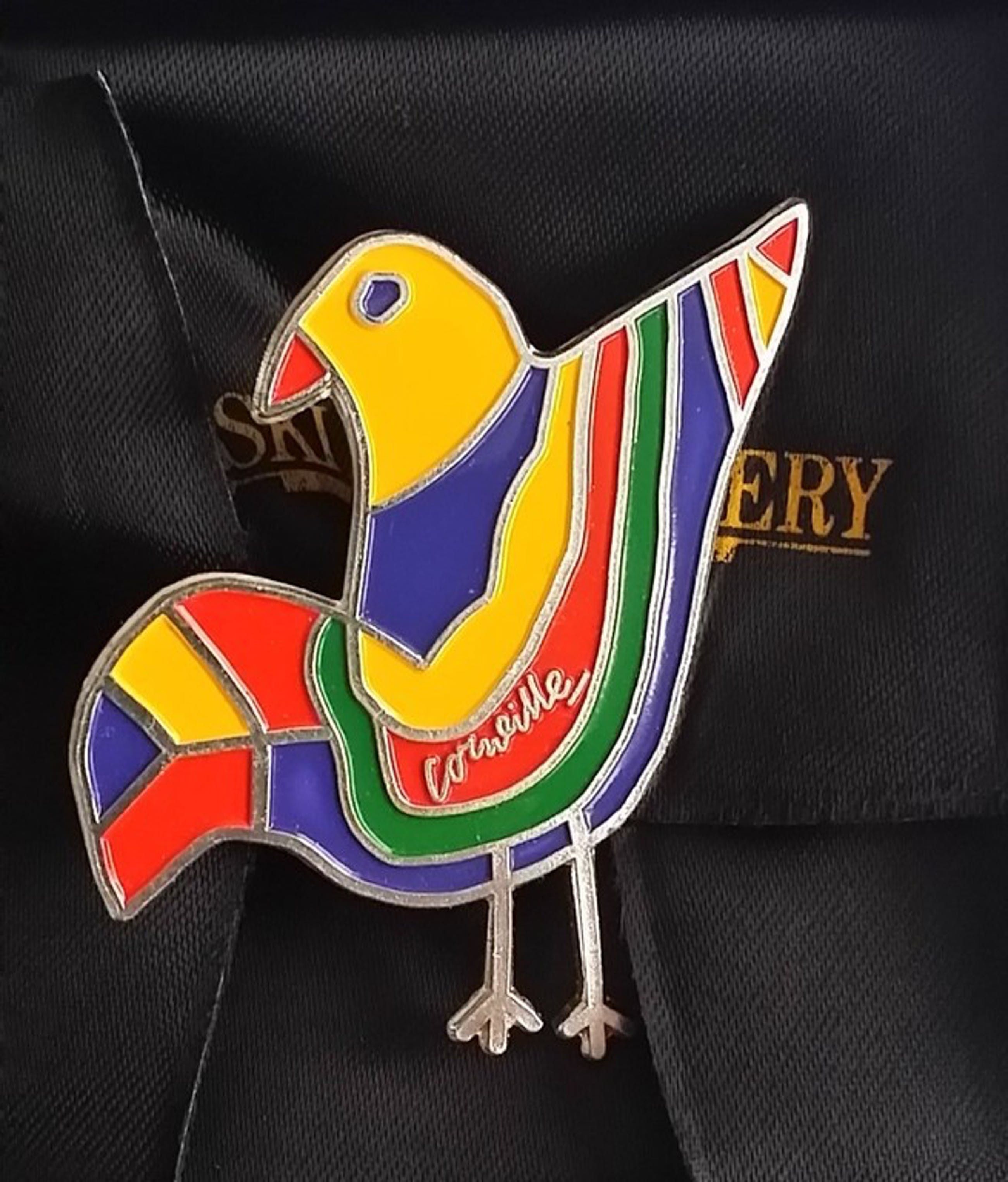 Corneille - broche met emaile - L'oiseau kopen? Bied vanaf 75!