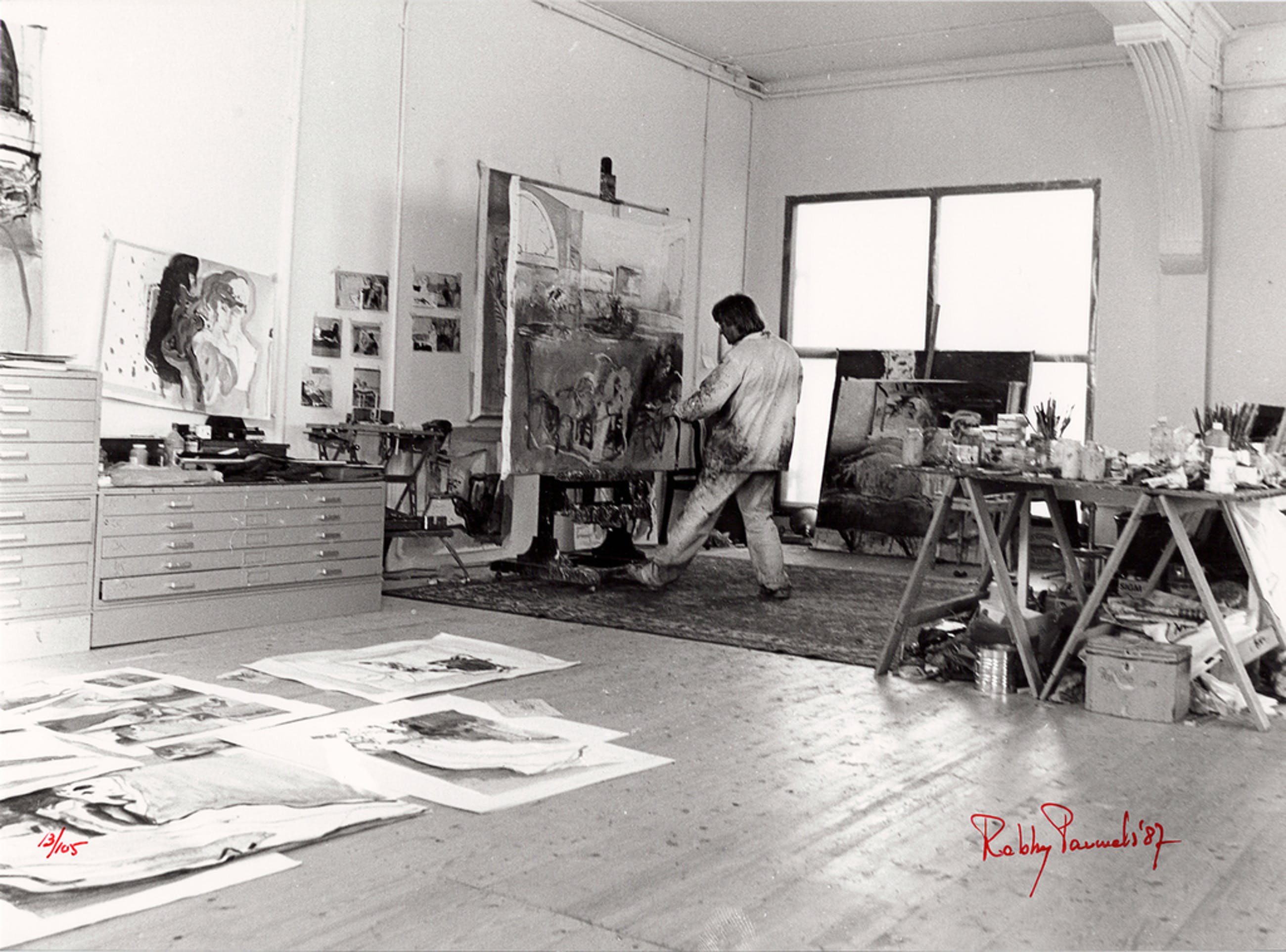 Robby Pauwels - 6 zwart/wit foto's: 'Kees van Bohemen in zijn atelier' - 1987 kopen? Bied vanaf 25!