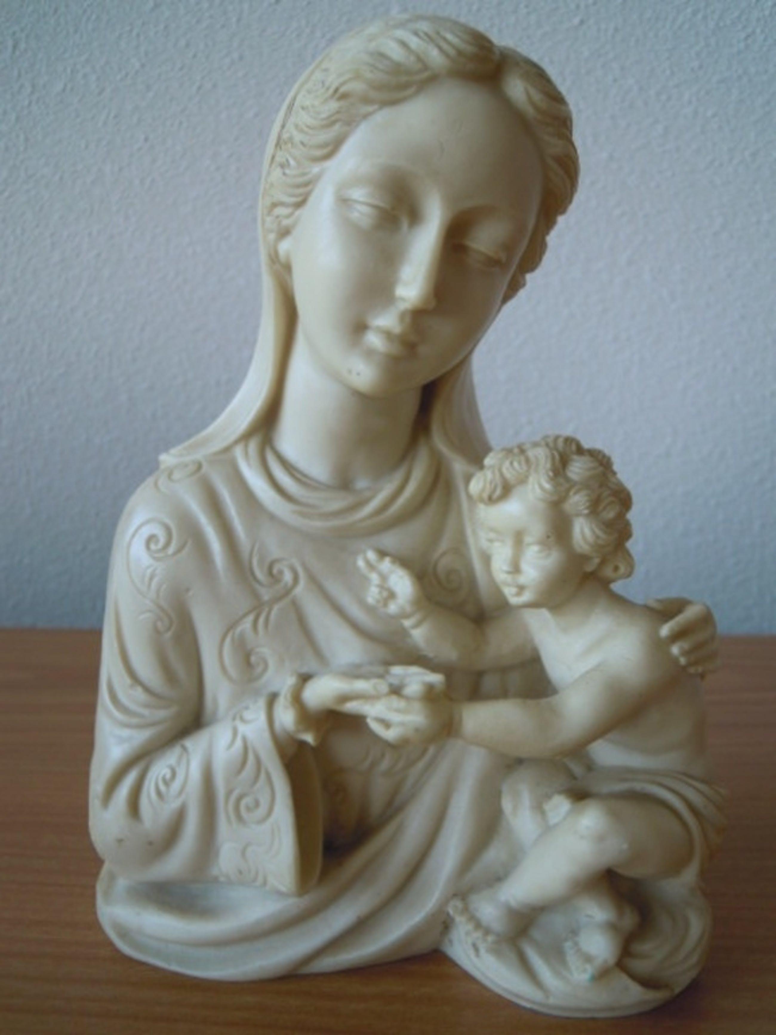 Borstbeeld MARIA MET KIND  - 20 cm hoog. kopen? Bied vanaf 15!