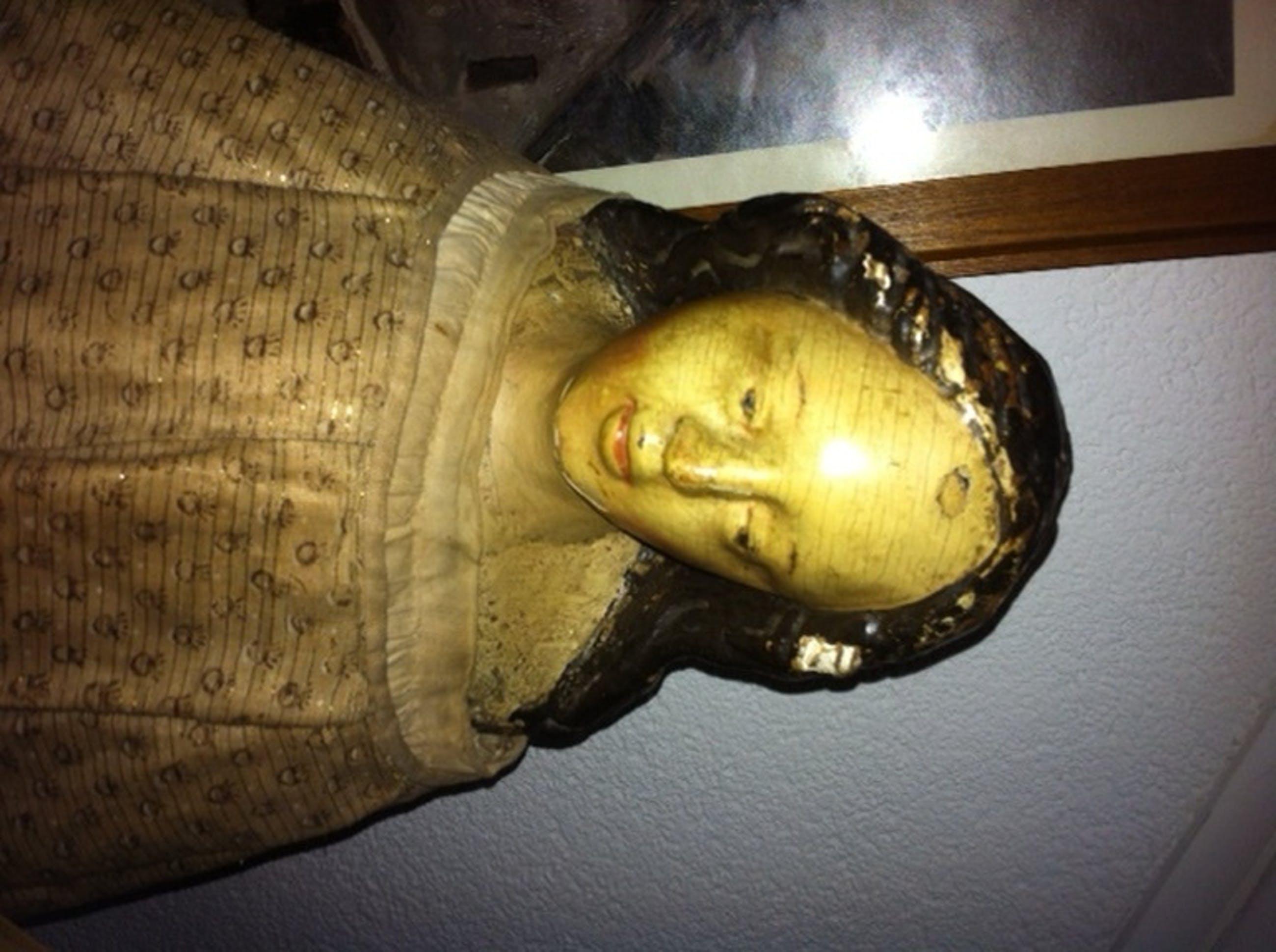 Maria beeld uit de 17e Eeuw kopen? Bied vanaf 3950!