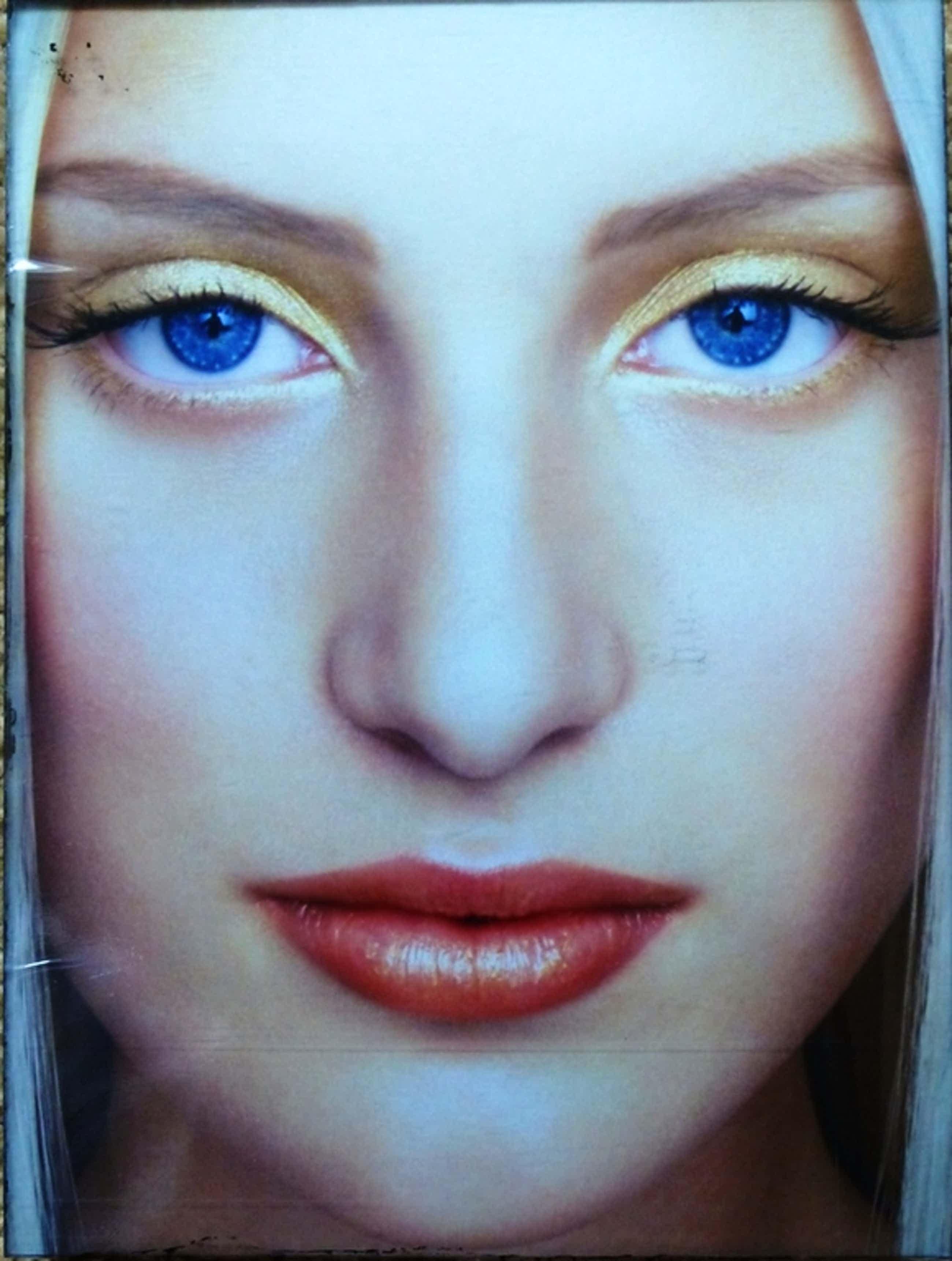 Erwin Olaf, Paradise Portraits:Renee, handgesigneerd en genummerd, 2001 kopen? Bied vanaf 450!