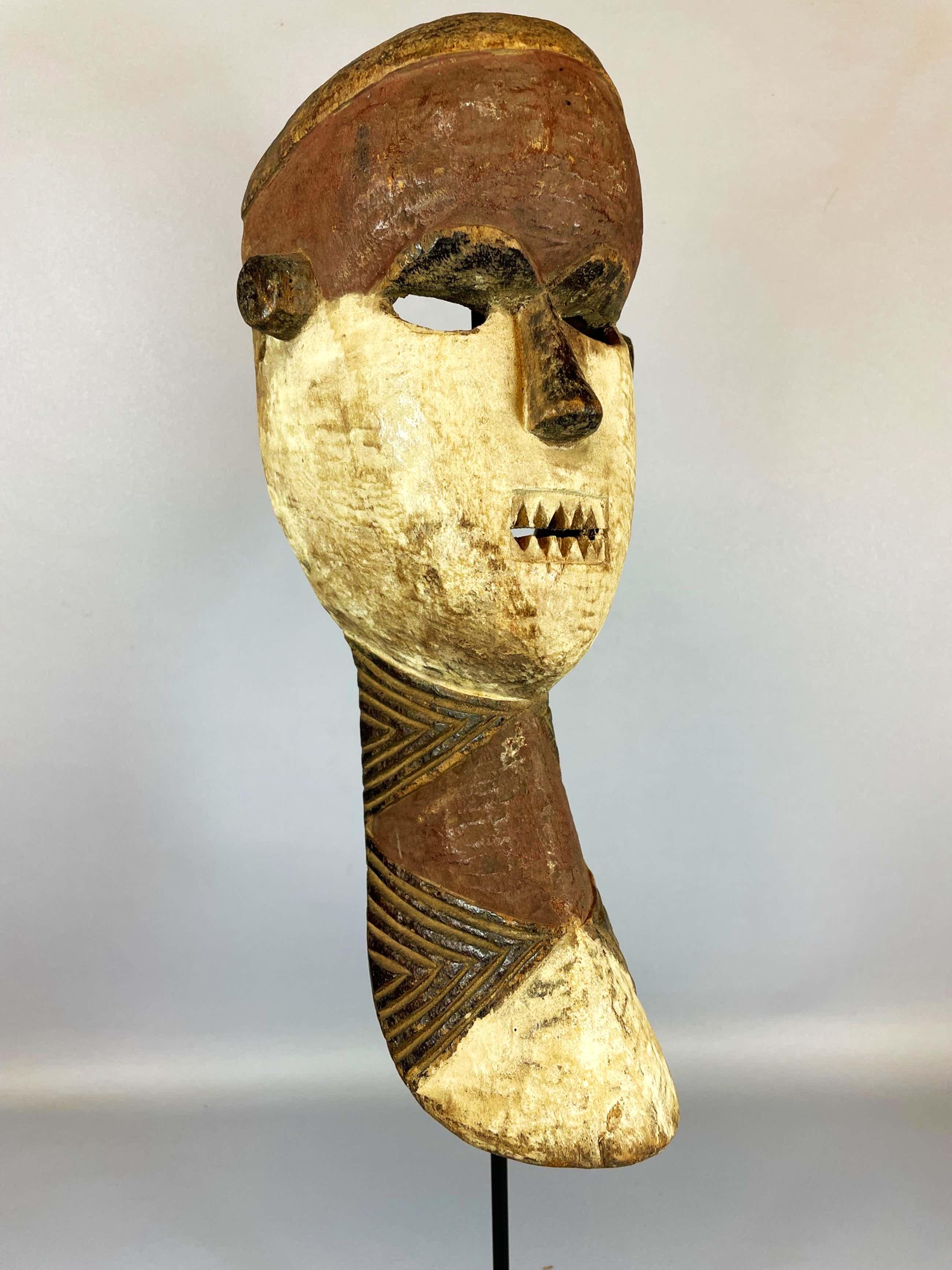 Pende - African mask from the Pende - Congo kopen? Bied vanaf 35!