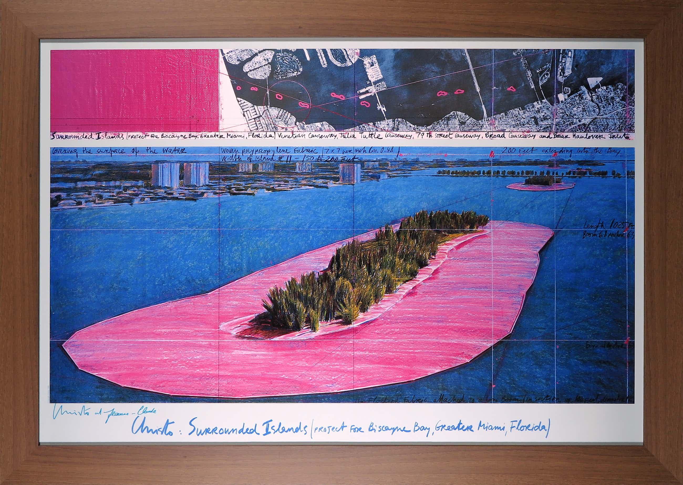 Christo - Handgesigneerd exemplaar Surrounded Islands - Ingelijst (Groot) kopen? Bied vanaf 850!