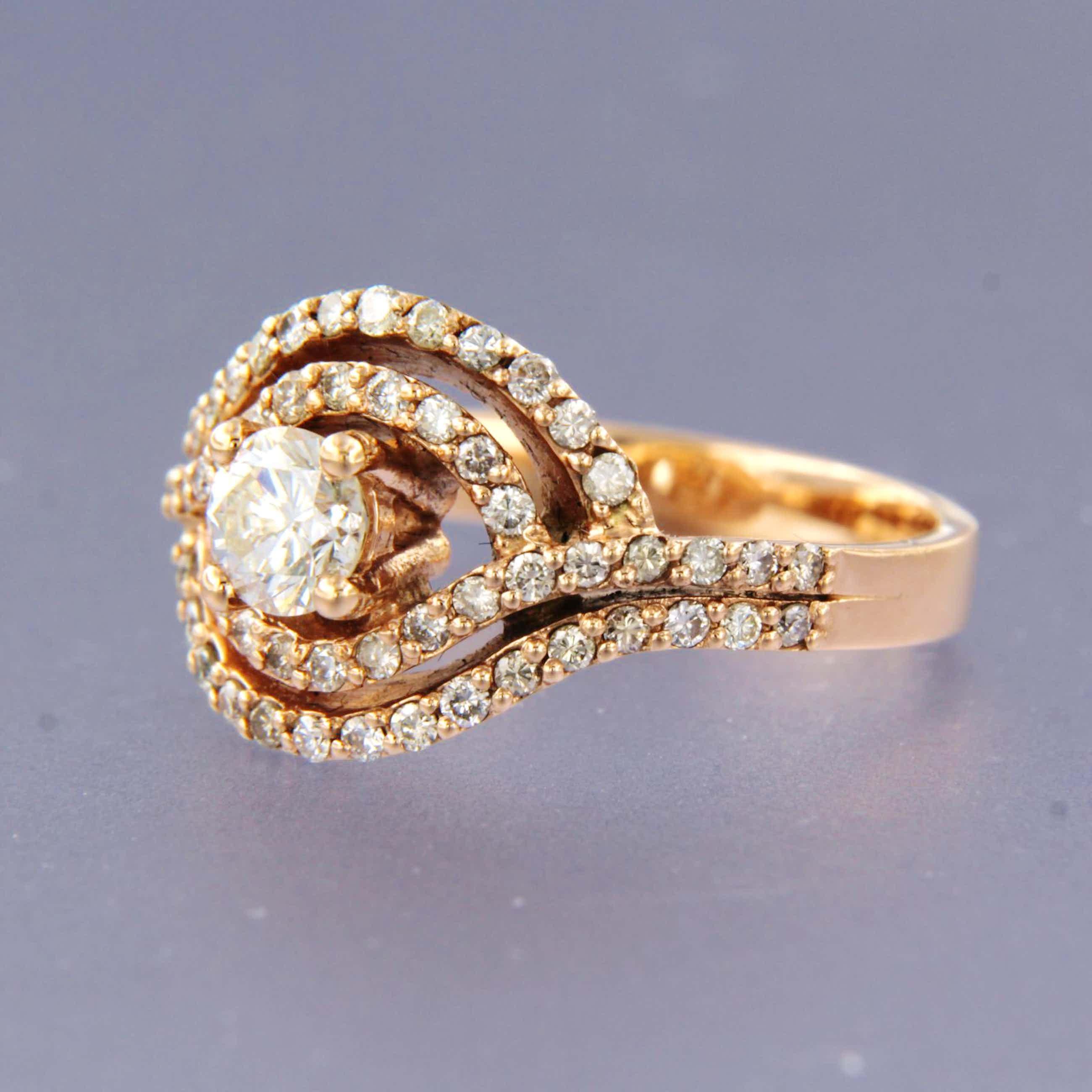 14K Goud - roodgouden ring bezet met briljant geslepen diamant kopen? Bied vanaf 950!