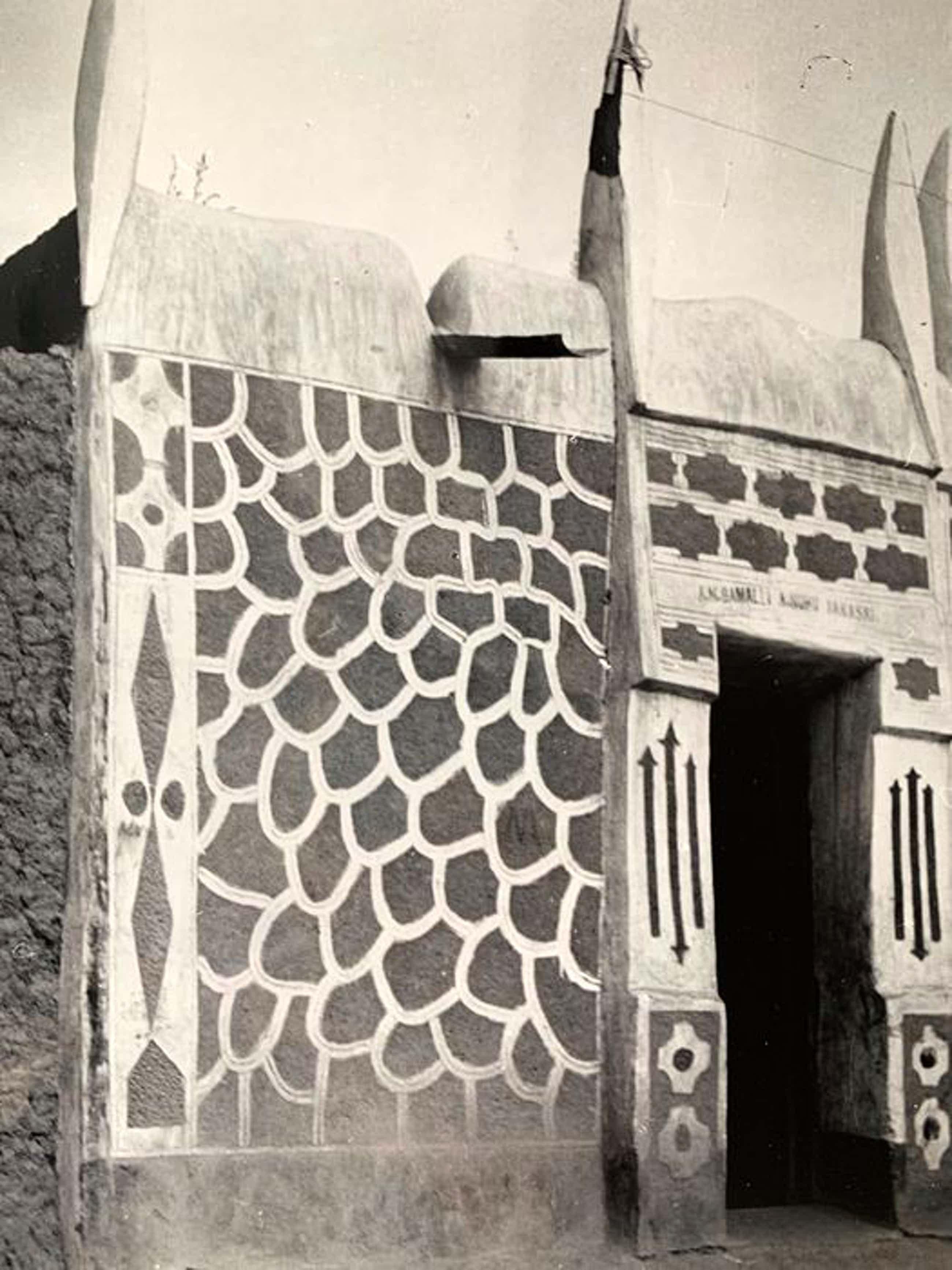 Henny Riemens - Aarden architectuur in Afrika kopen? Bied vanaf 250!