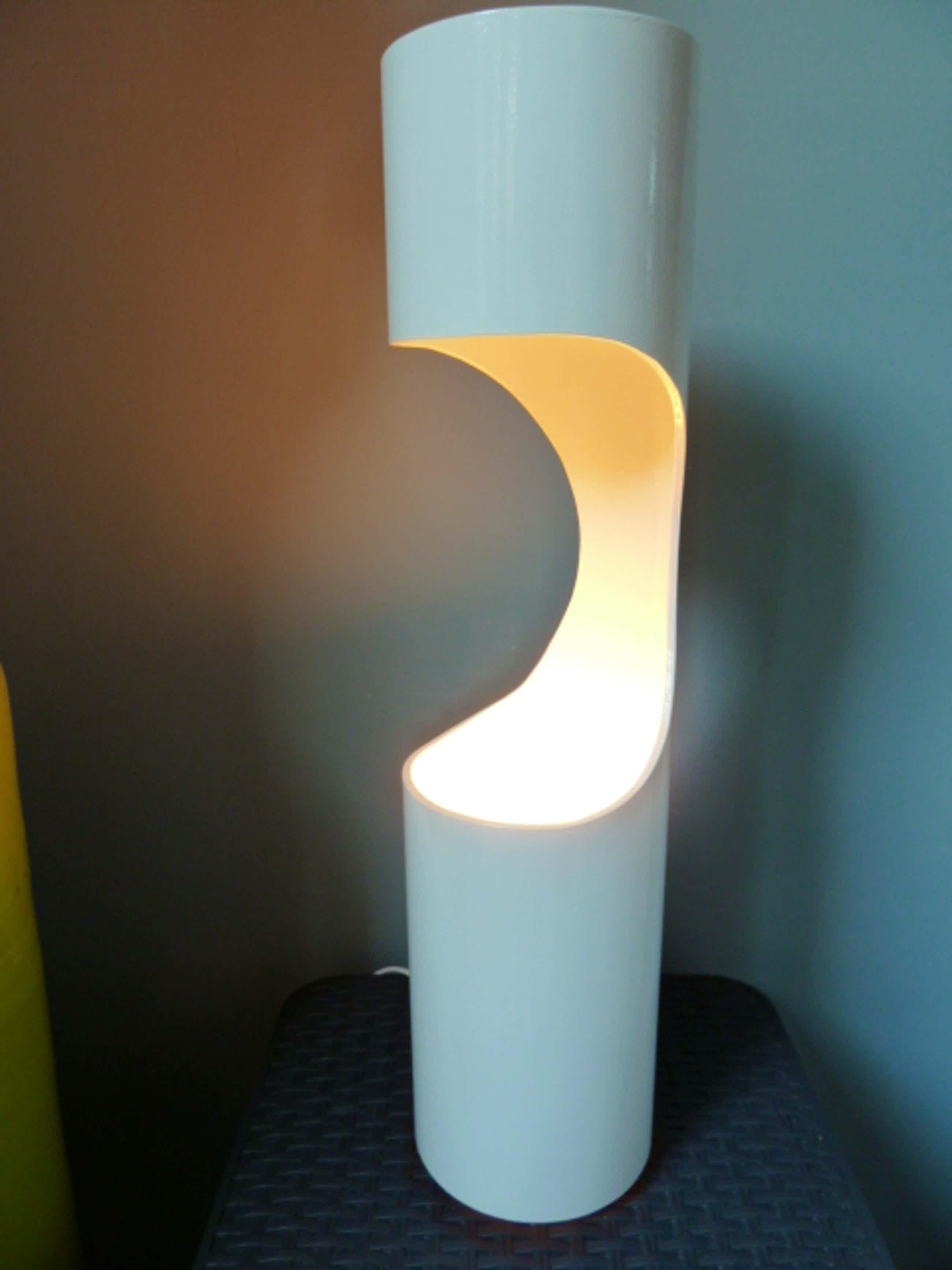 Niet of onleesbaar gesigneerd - Unieke design tafellamp kopen? Bied vanaf 40!