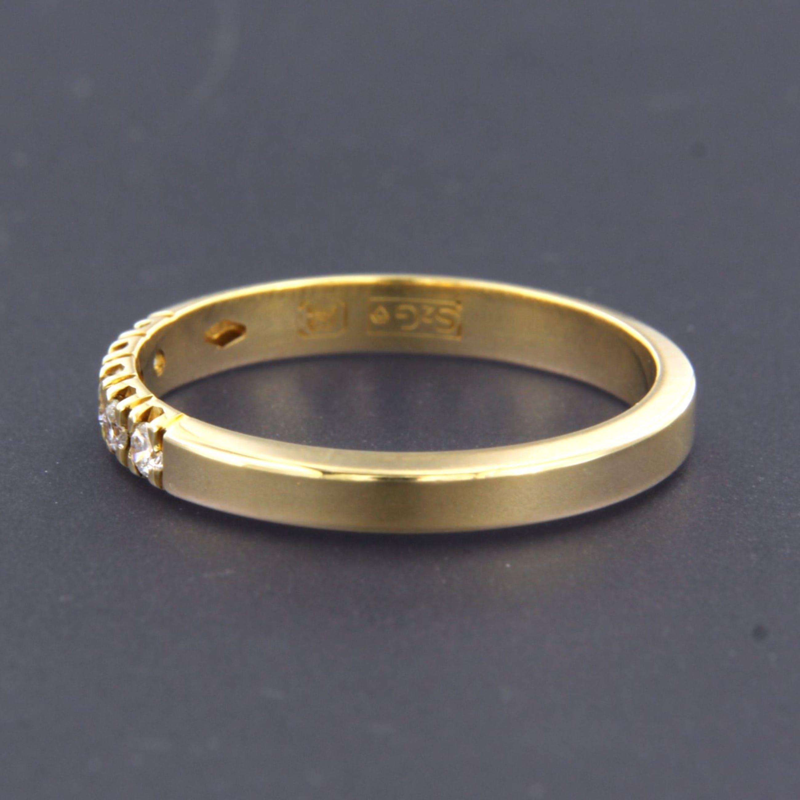 18K Goud - rijring bezet met briljant geslepen diamant totaal circa 0.15 ct, ringmaat 18 kopen? Bied vanaf 240!