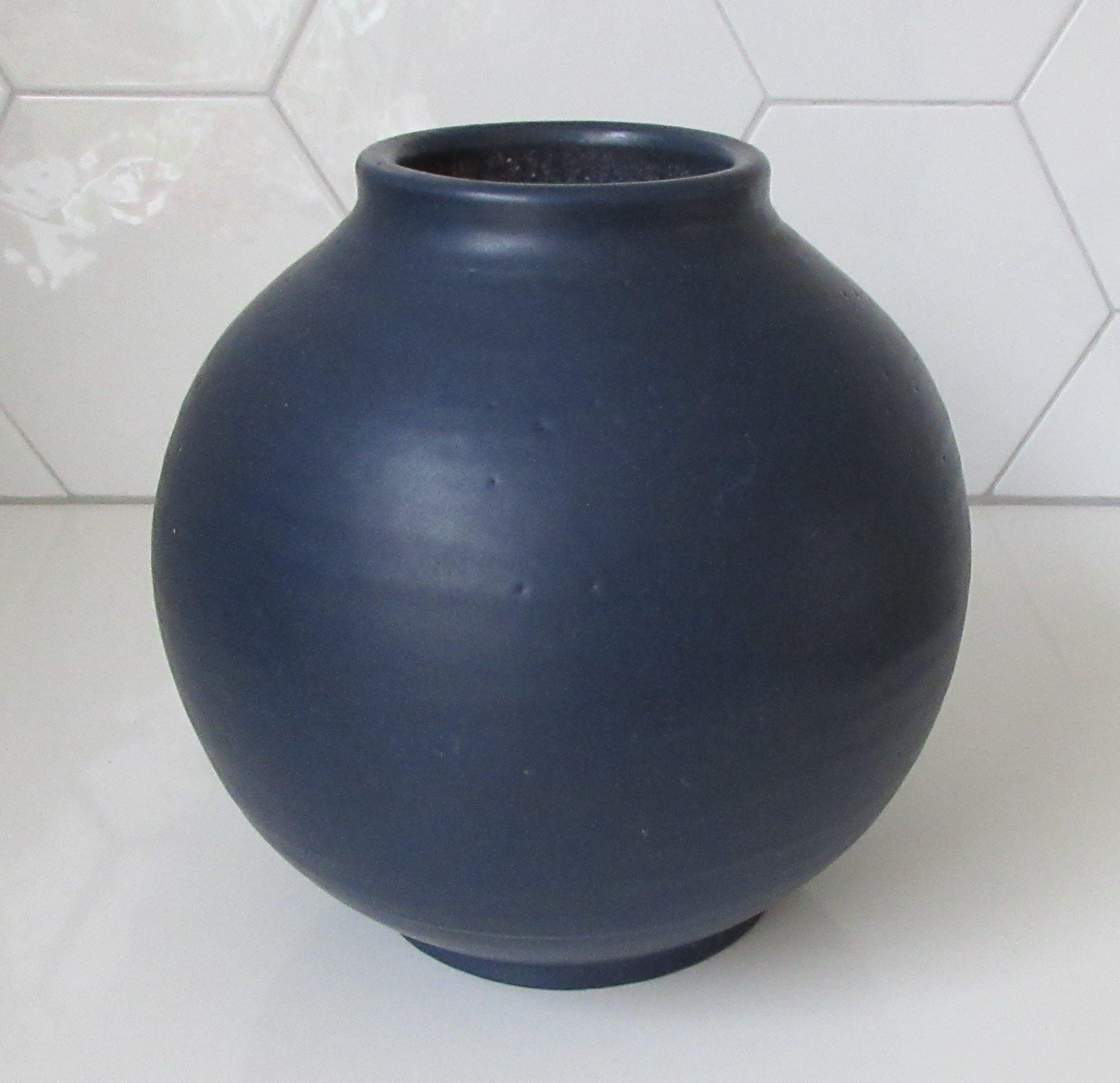 Potterie De Olde Kruyk - Blauwe Bolvaas ontwerp Henno Kurstjens kopen? Bied vanaf 10!