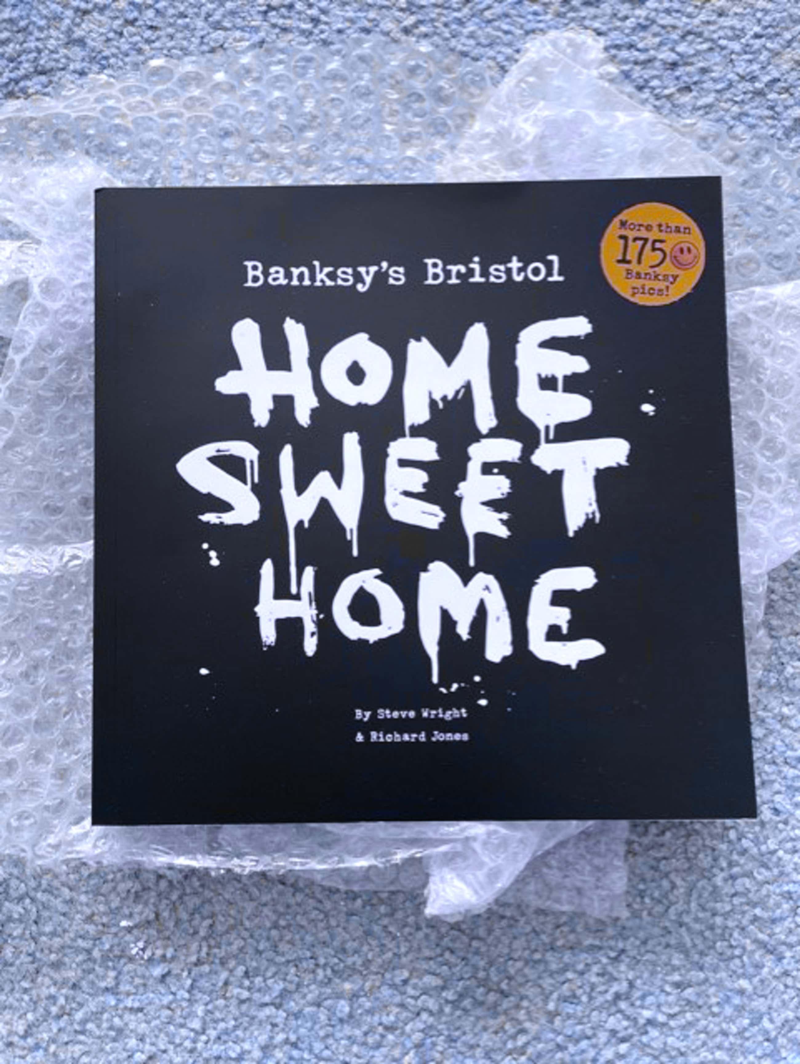 Banksy - Bristol's Home Sweet Home met varia kopen? Bied vanaf 50!