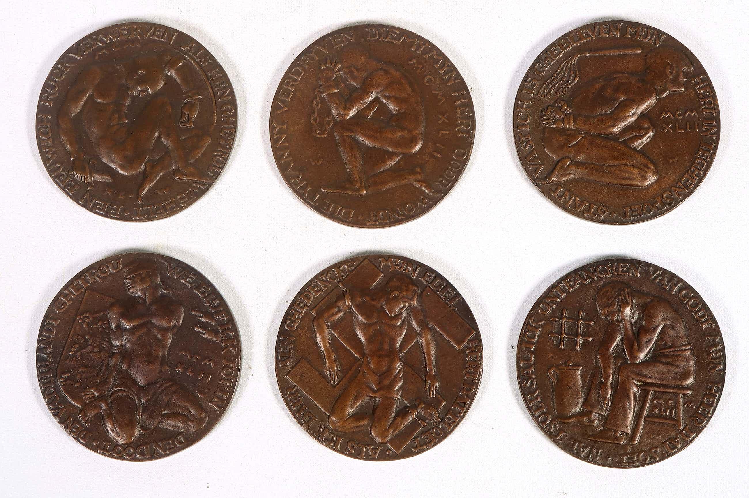 Oswald Wenckebach - Serie van 6 bronzen penningen, Op het Verzet 1940-1945 kopen? Bied vanaf 120!