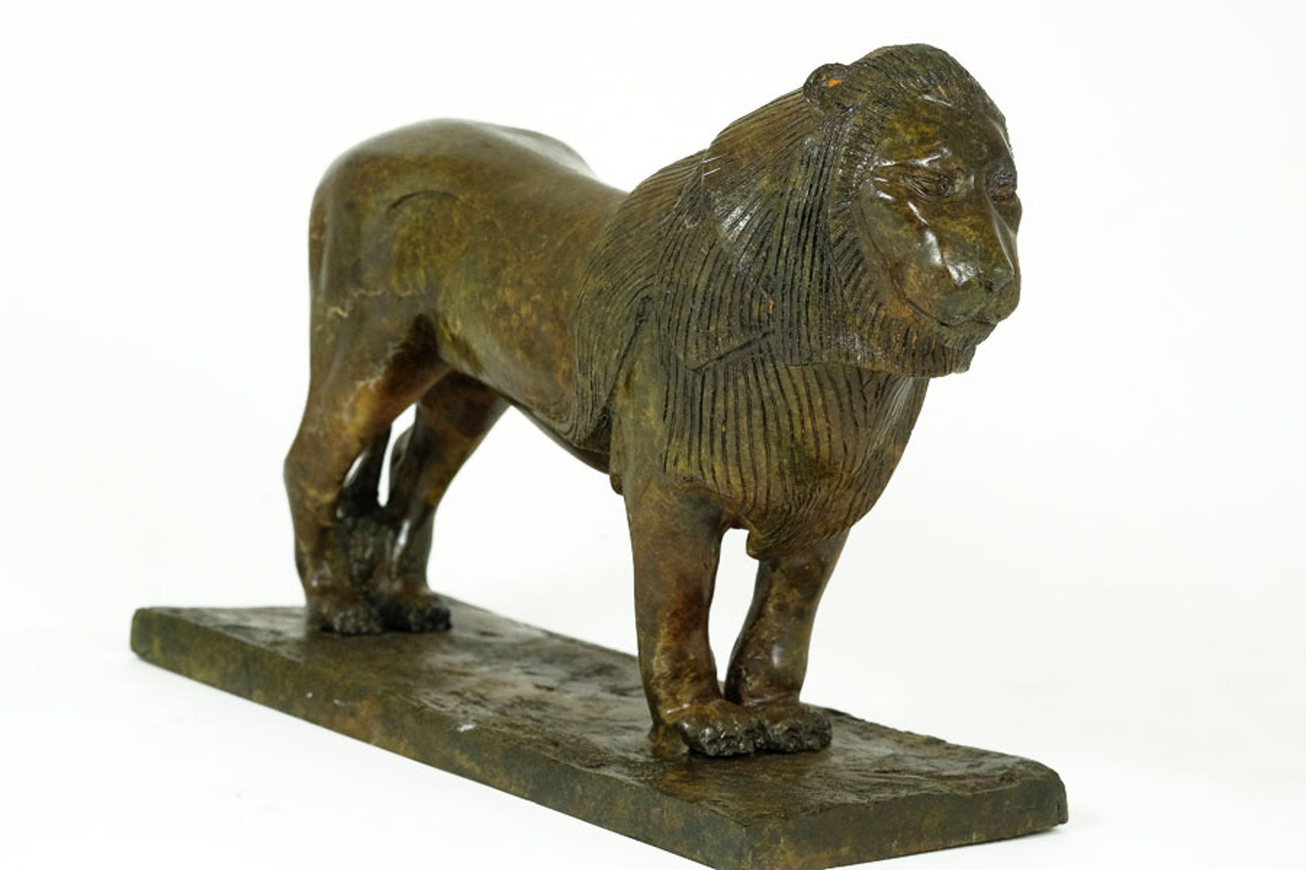 Brons (Onbekend) - Beeld van staande leeuw kopen? Bied vanaf 275!