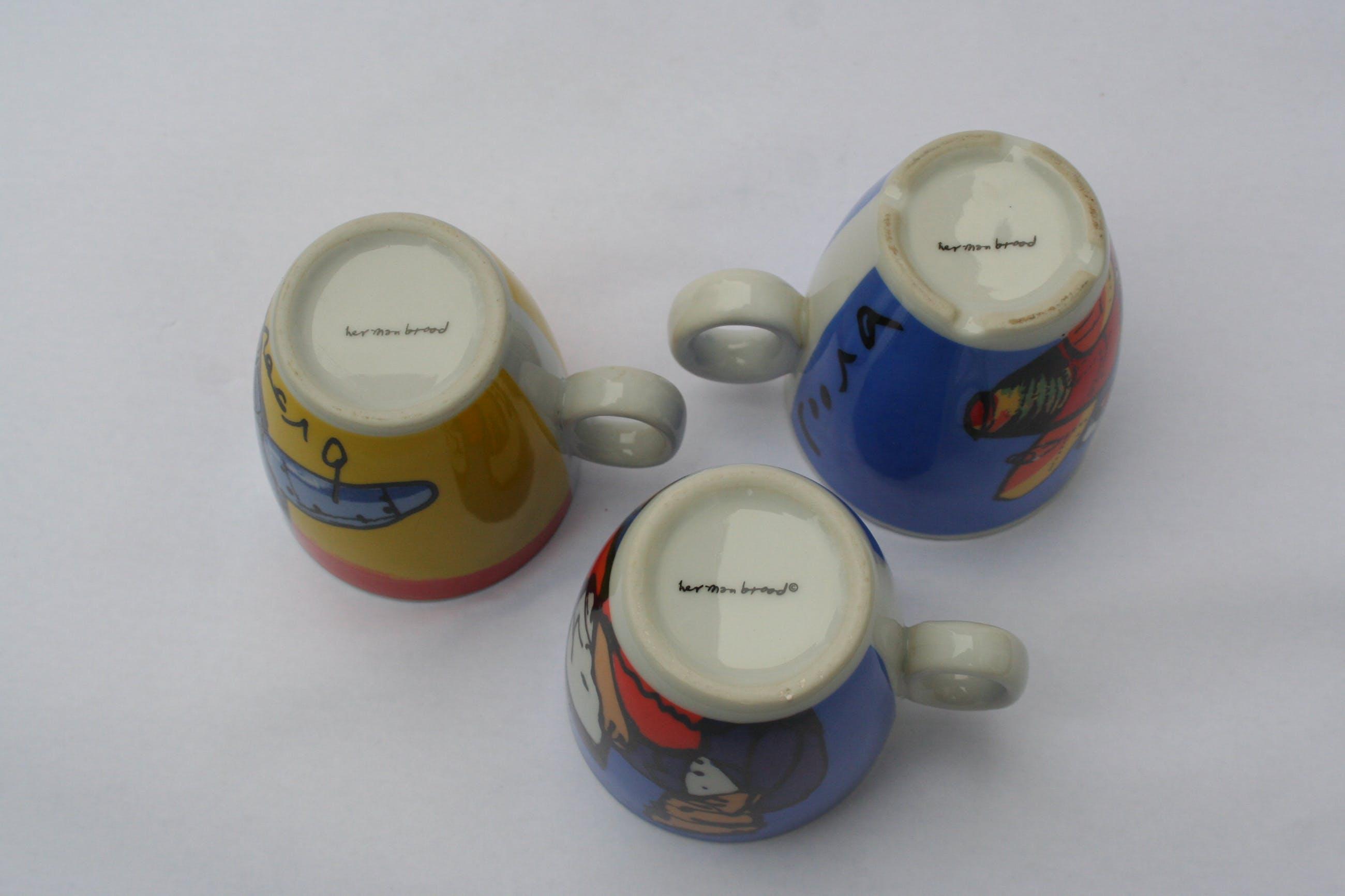 Niet of onleesbaar gesigneerd - 3 kopjes - Herman Brood kopen? Bied vanaf 1!