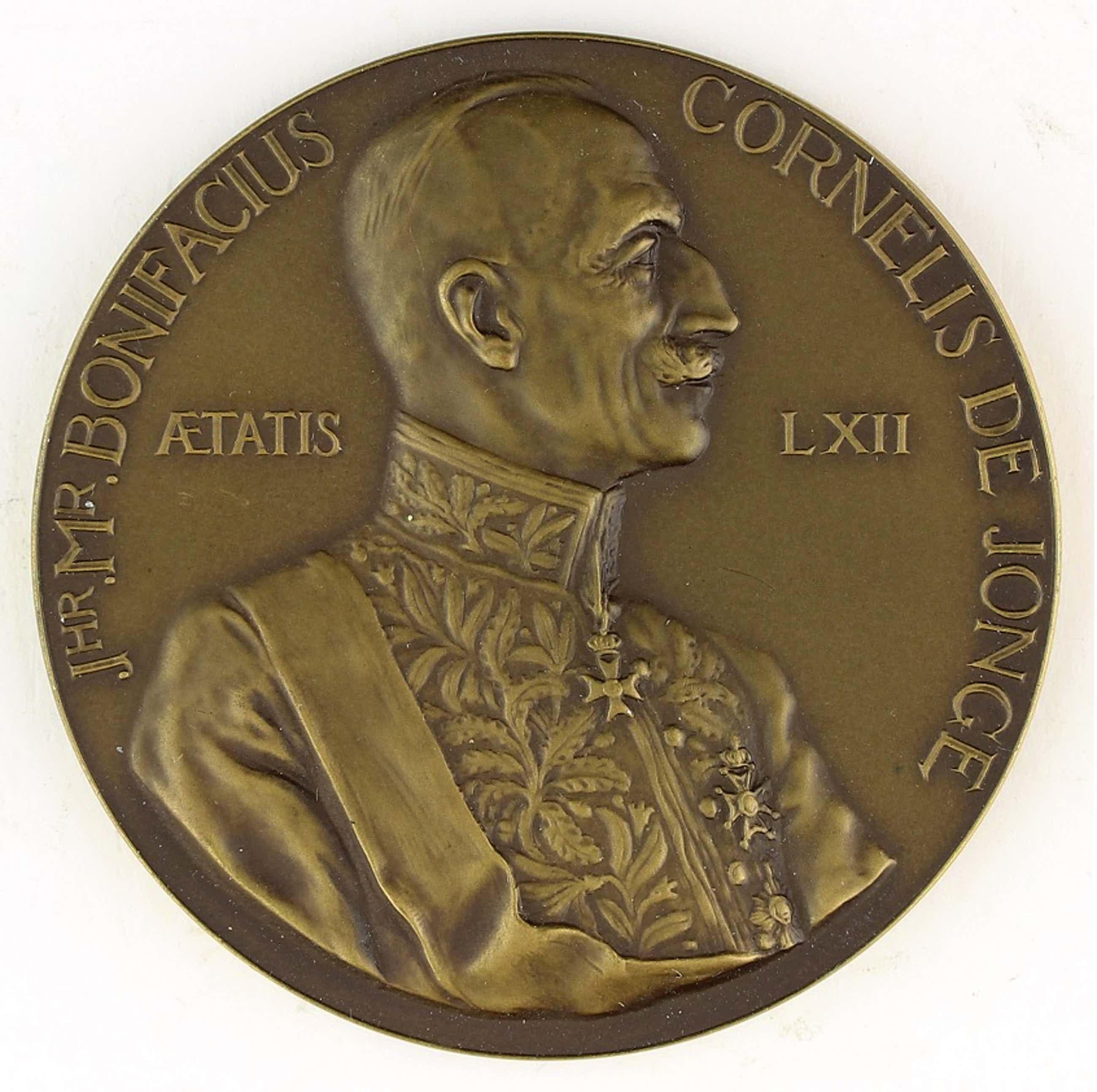 Oswald Wenckebach - Bronzen penning: Jhr. Mr. B.C. De Jonge, 1937 kopen? Bied vanaf 50!