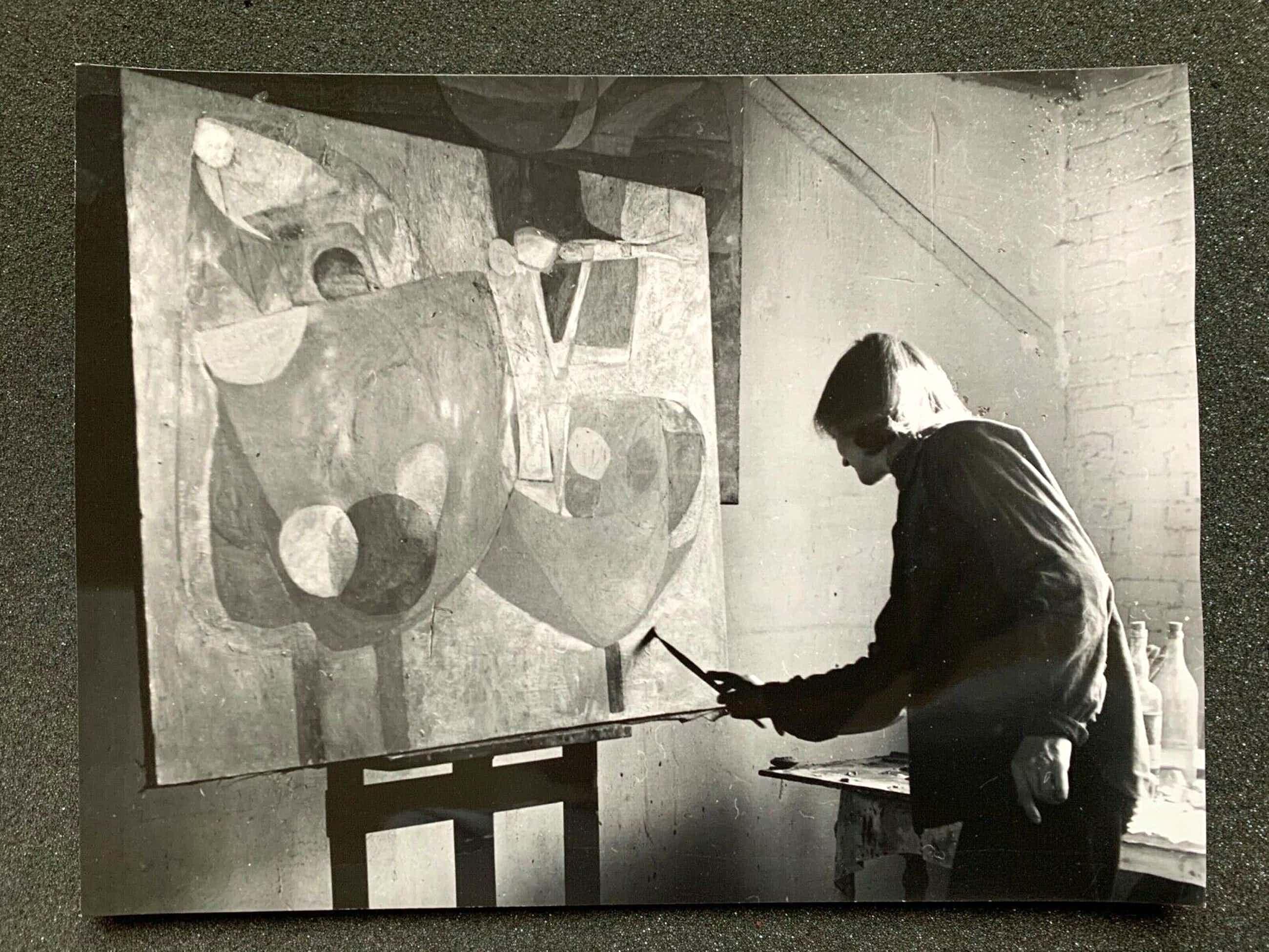 Henny Riemens - Dora TUYNMAN in haar atelier in Parijs kopen? Bied vanaf 200!