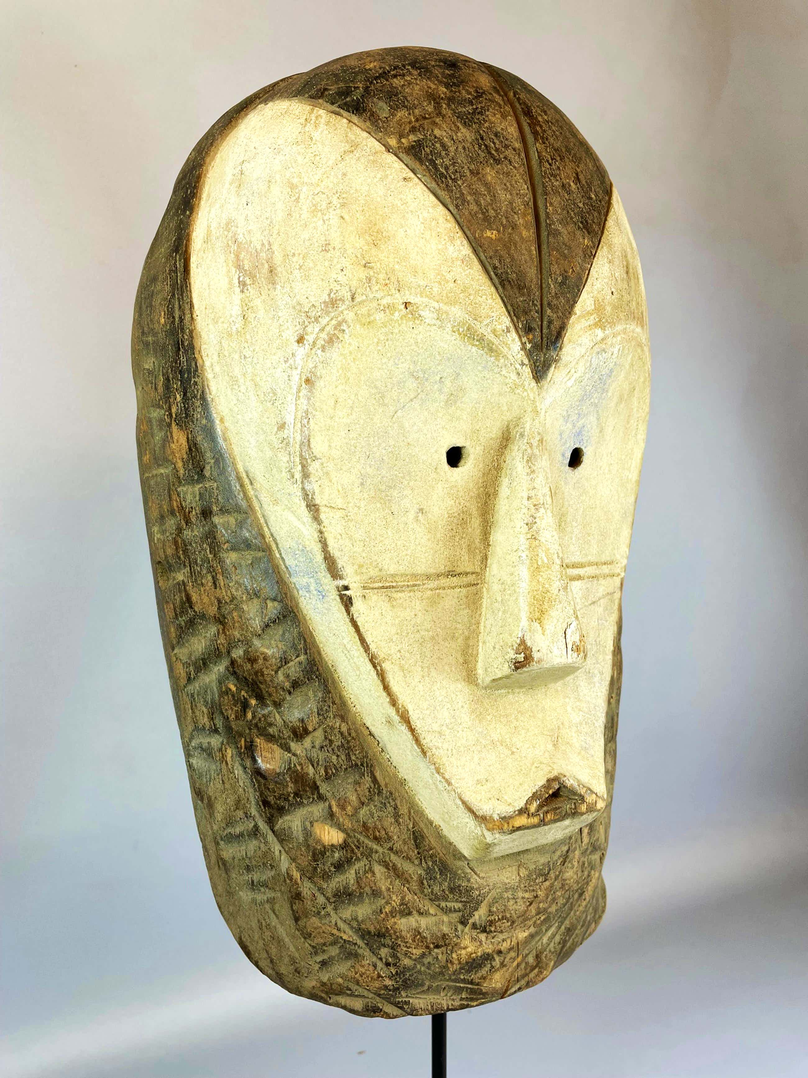 Fang - Old African Mask from the Fang - Gabon. kopen? Bied vanaf 45!