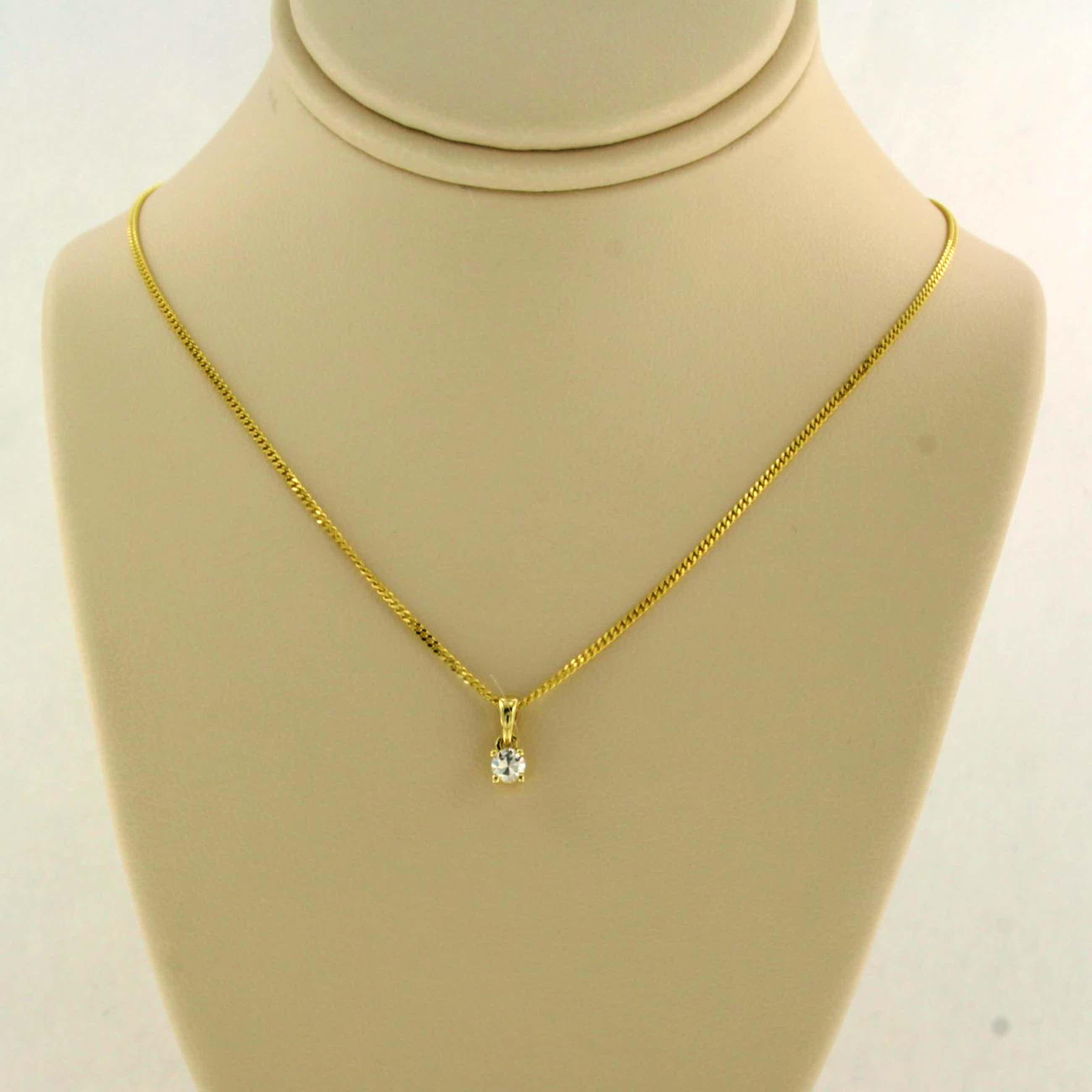 14K Goud - geel gouden collier met een solitair hanger bezet met briljant geslepen diamant kopen? Bied vanaf 135!