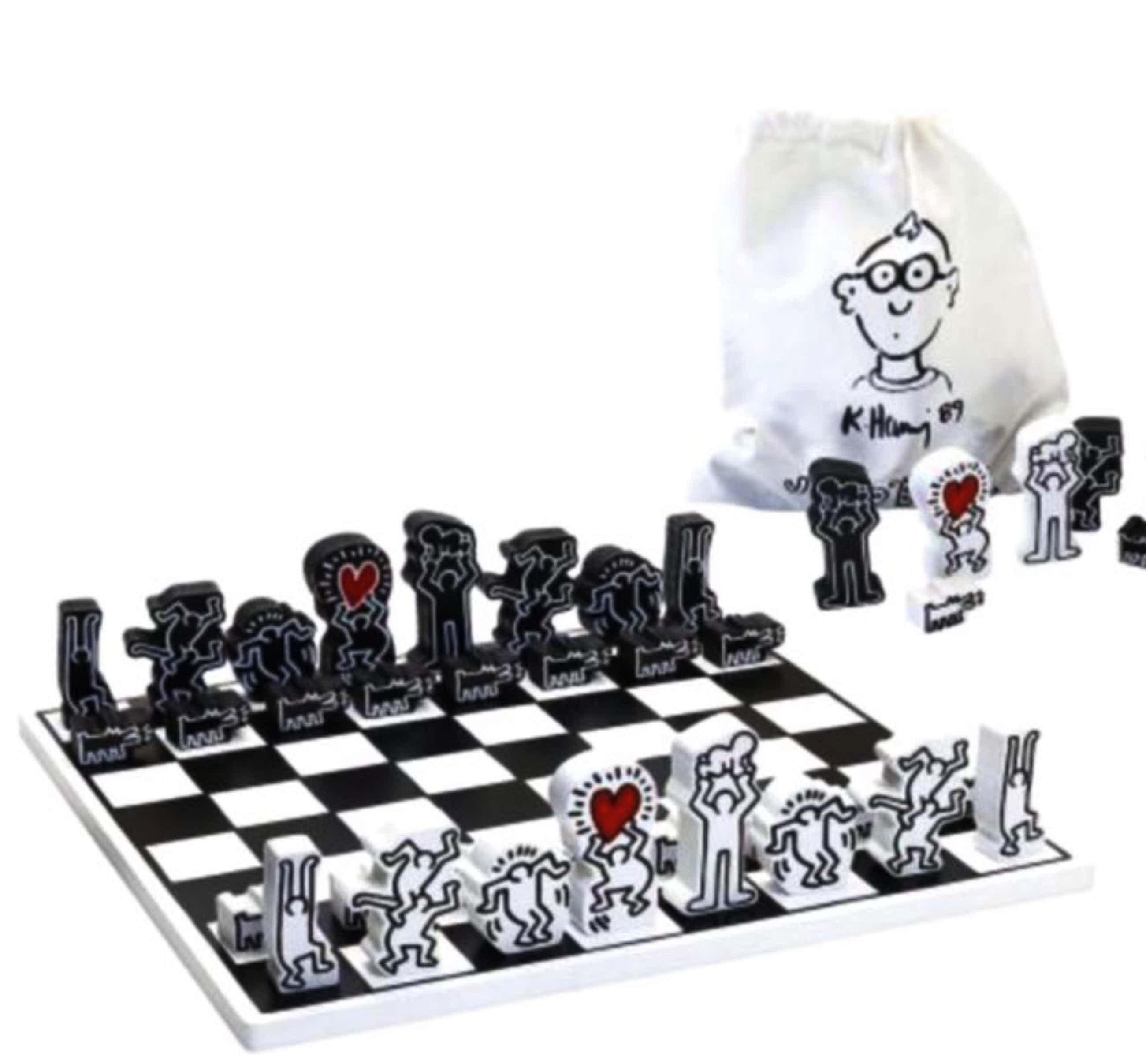 Keith Haring - Schaakspel met 3D vernist houten schaakstukken ,gesigneerd kopen? Bied vanaf 105!