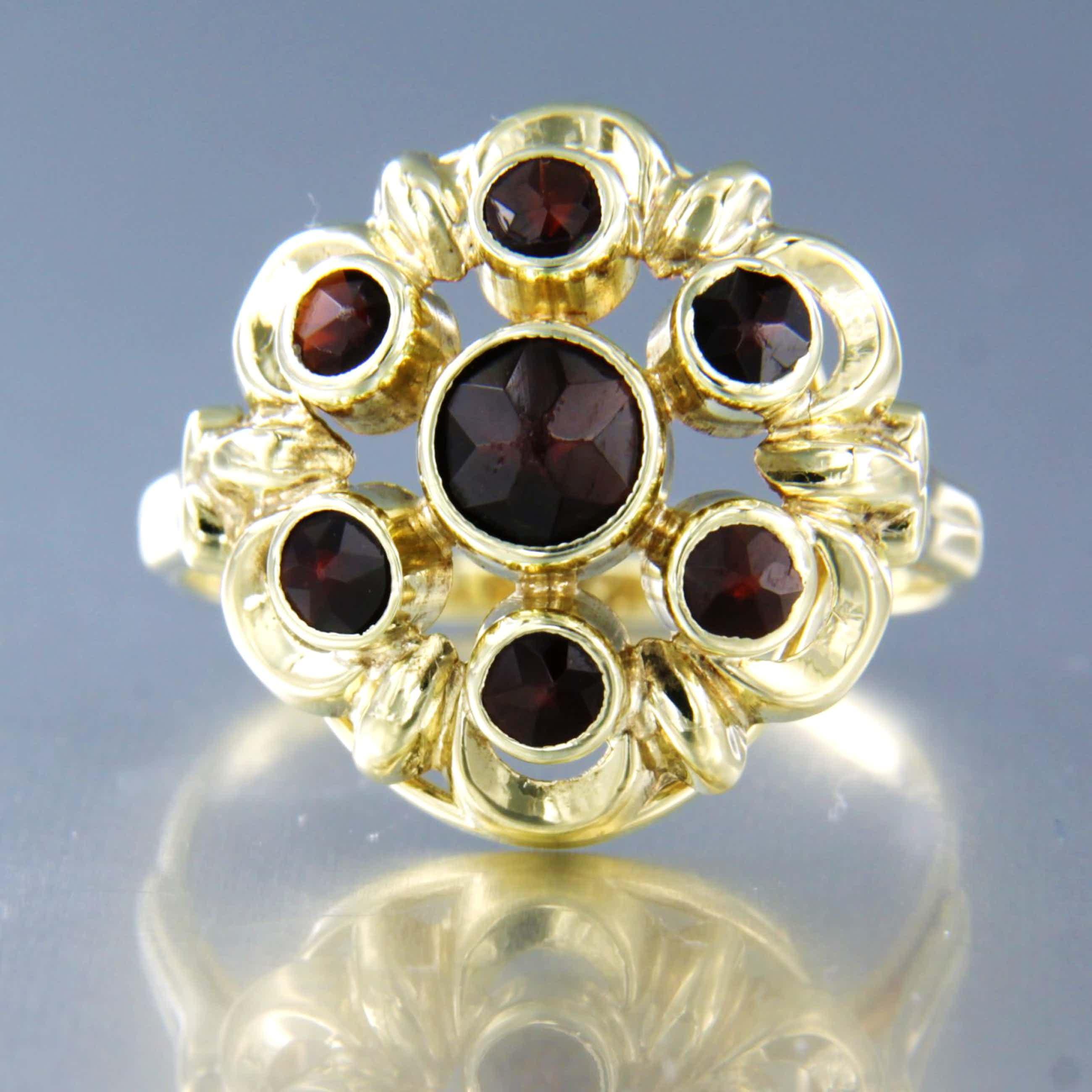 14K Goud - geel gouden ring bezet met granaat kopen? Bied vanaf 100!