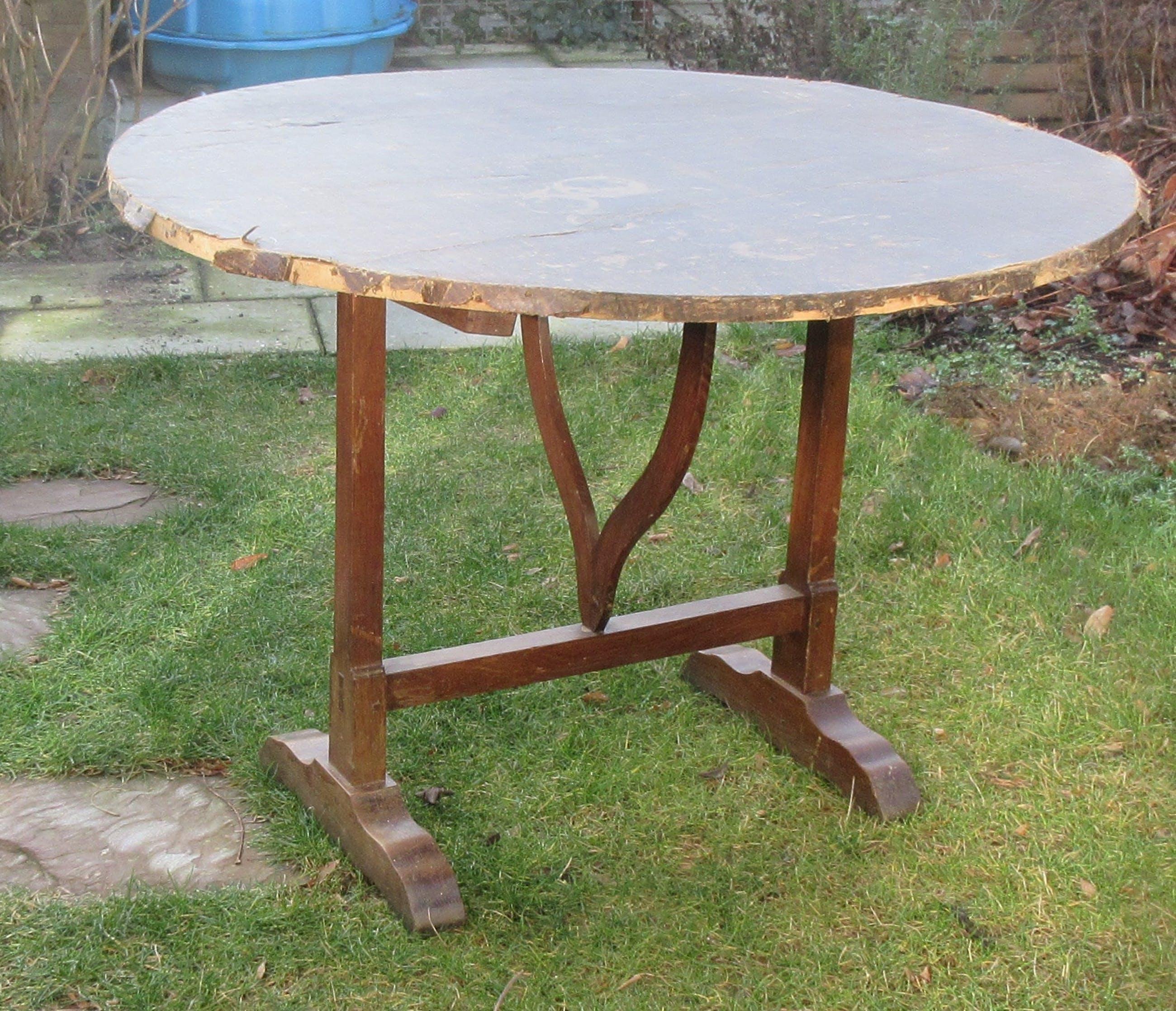Niet of onleesbaar gesigneerd - Oak vigneron table from France - ca. 1940 kopen? Bied vanaf 10!