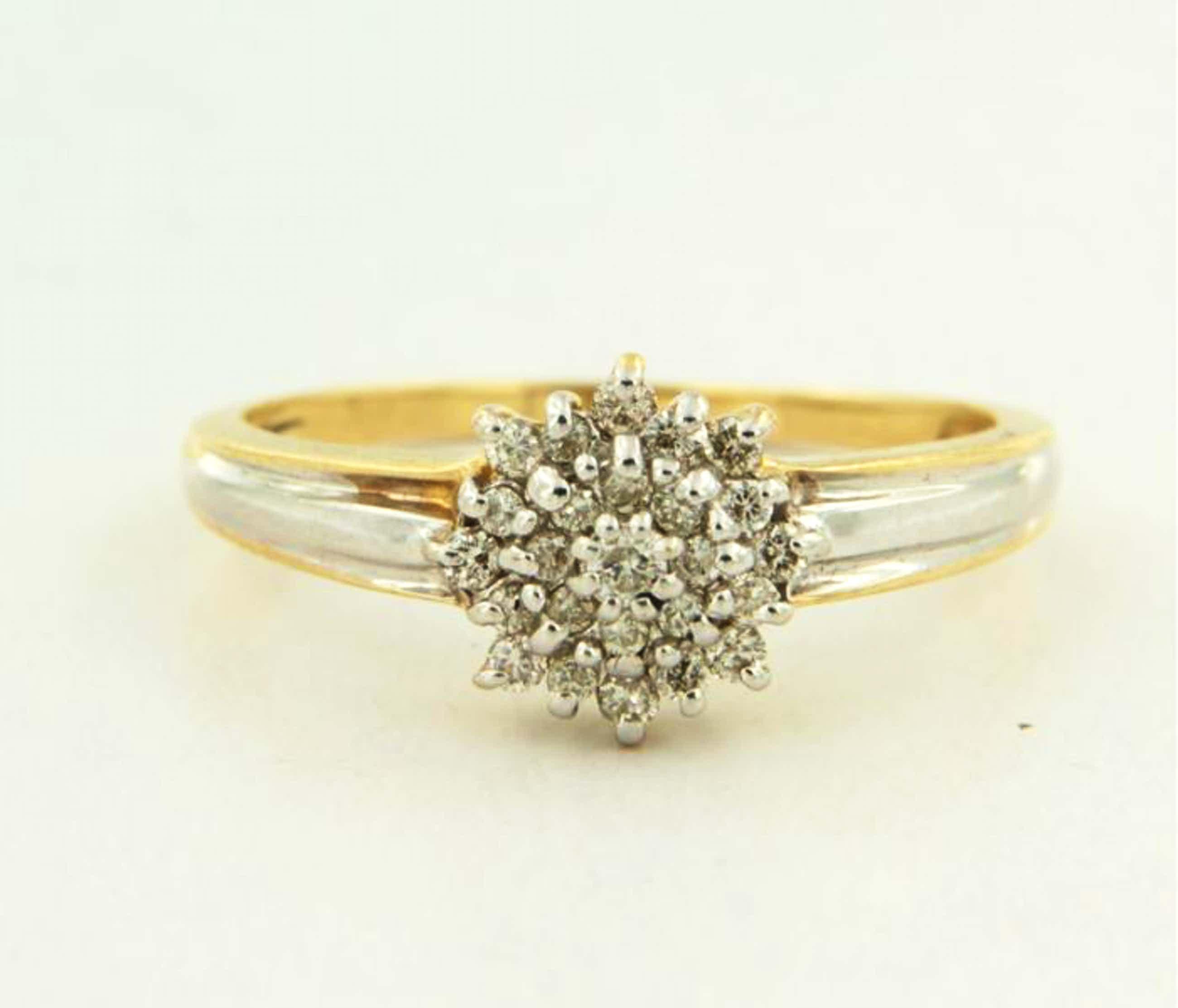 14K Goud - bicolour gouden ring bezet met diamanten - ringmaat 18.5 (58) kopen? Bied vanaf 200!