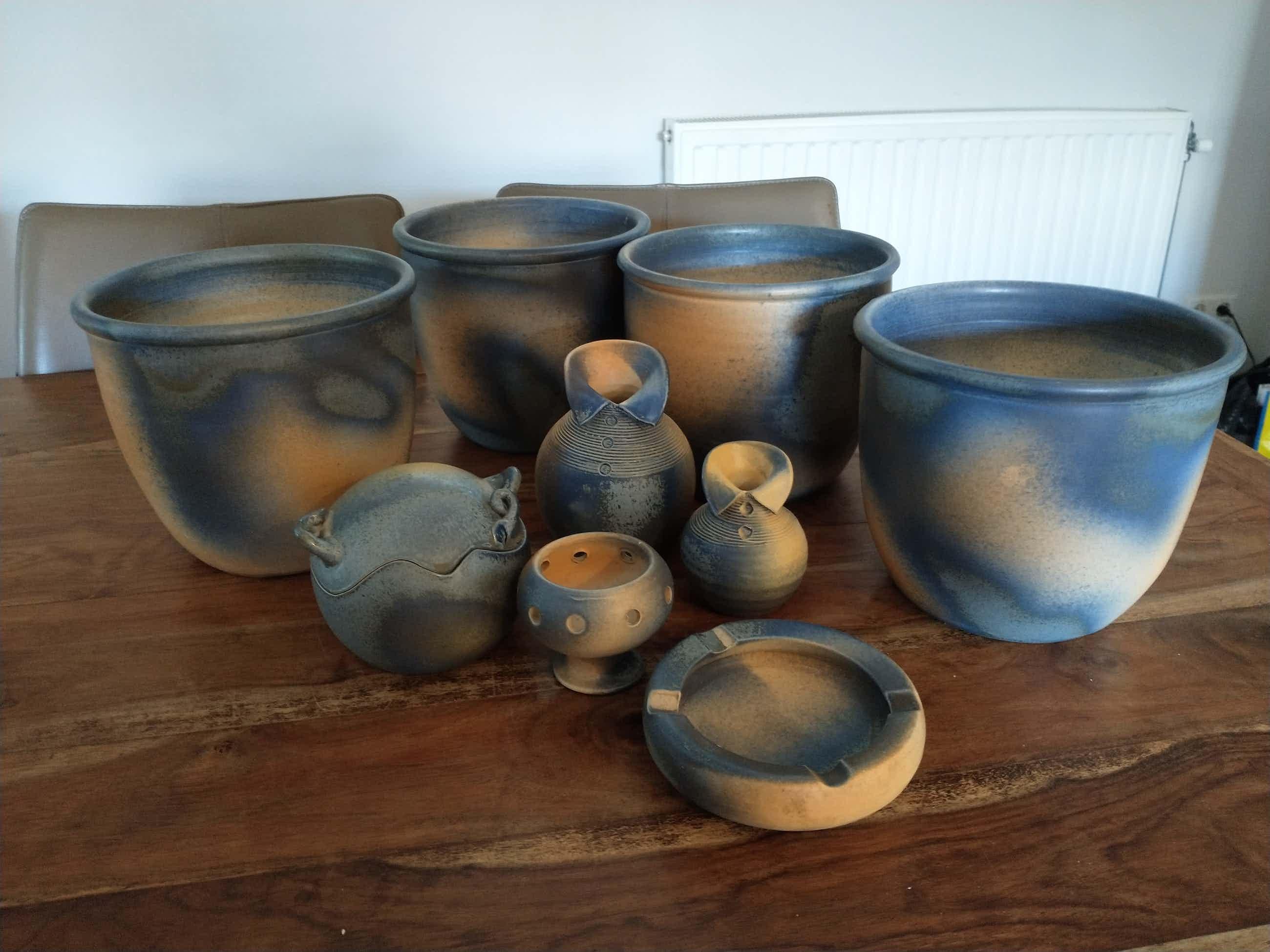 Adrie Moerings - Fraai gekleurde potten en vazen van Moerings kopen? Bied vanaf 50!