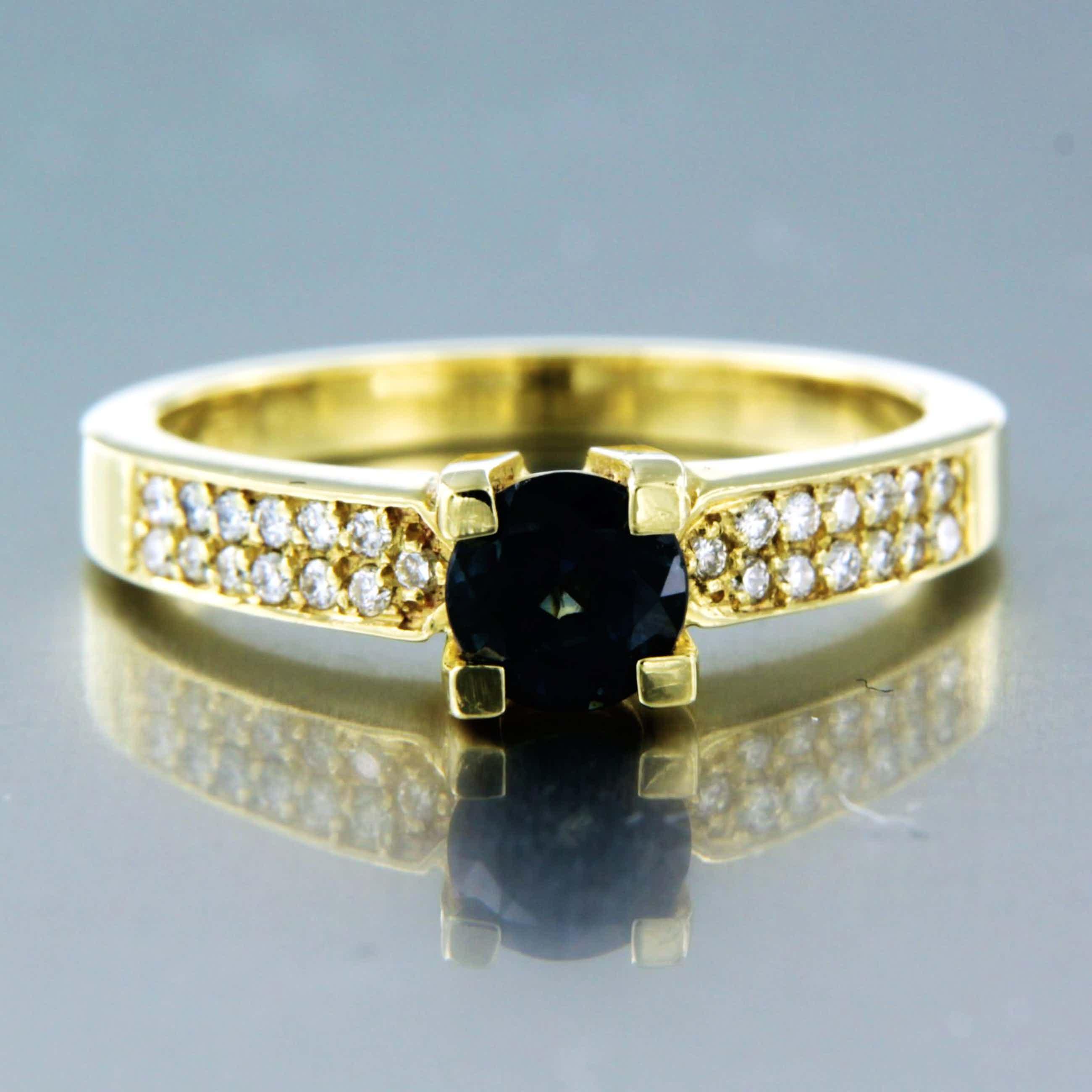 14K Goud - ring bezet met saffier en diamant - ringmaat 17,25 (54) kopen? Bied vanaf 320!