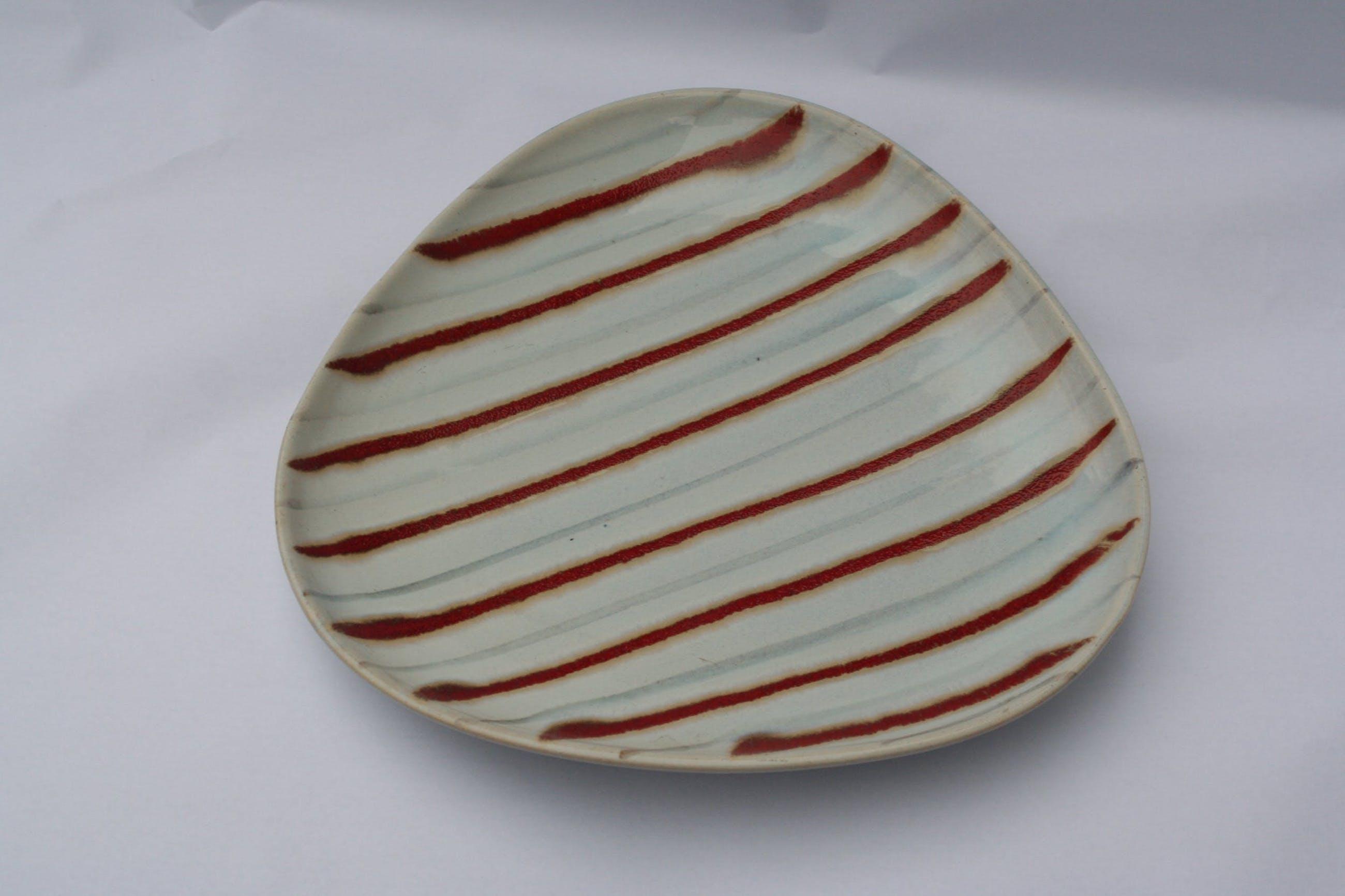Niet of onleesbaar gesigneerd - aardewerk schaal - Germany - model 191020 kopen? Bied vanaf 1!