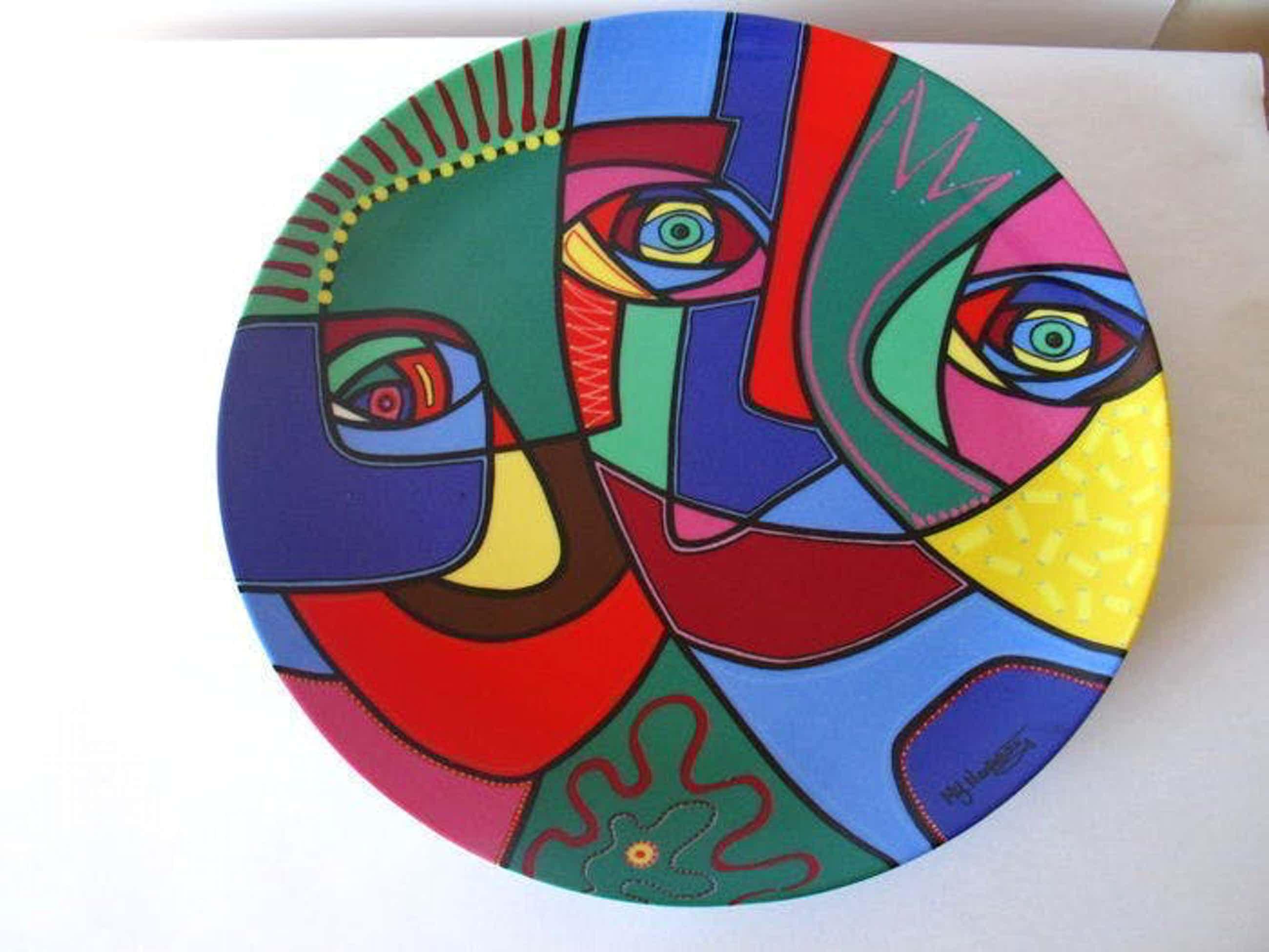 Marianne Naerebout - KERAMIEK SCHAAL ,,HAPPY SPIRIT,, uit 2007 SLECHTS 8EX kopen? Bied vanaf 45!
