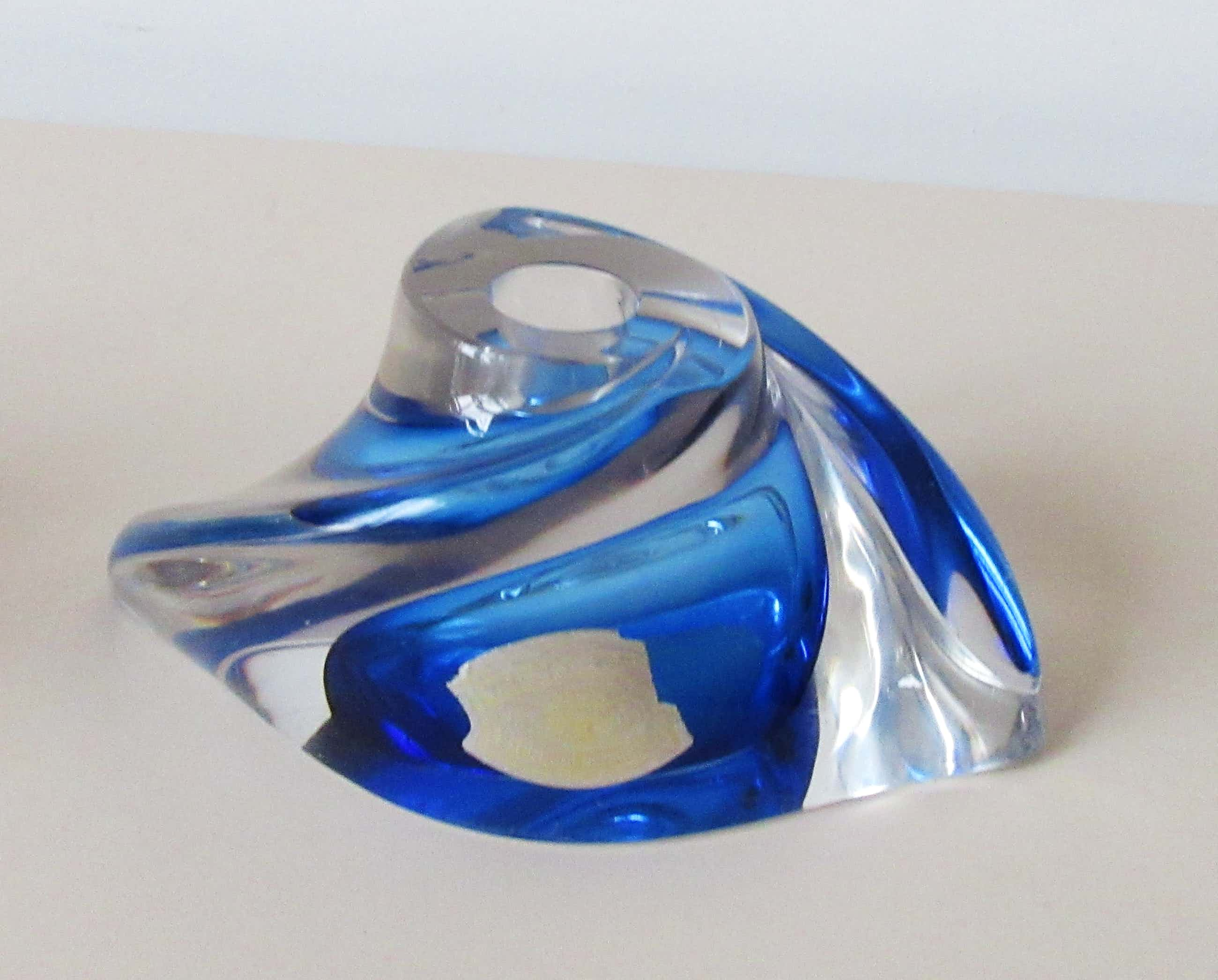 Val-Saint-Lambert - Kandelaar uit de serie 'Tordus' ontwerp Rene Delvenne kopen? Bied vanaf 44!